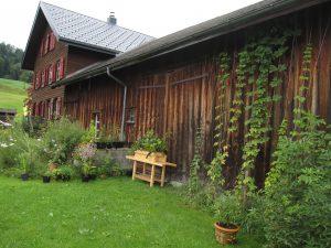 c-m-bauernhaus-rollendergarten-1